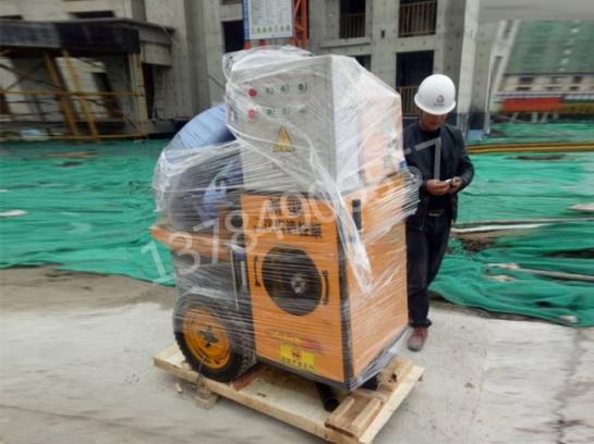 立式二次构造柱泵现场调解